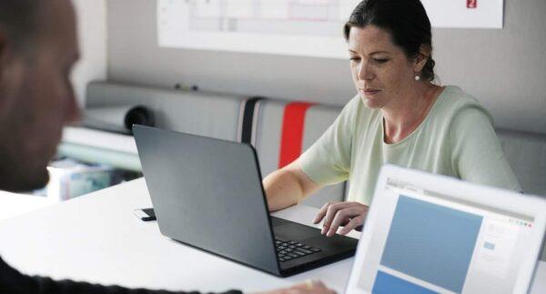 Aturan Bagi Perusahaan yang Didirikan Oleh Suami-Istri